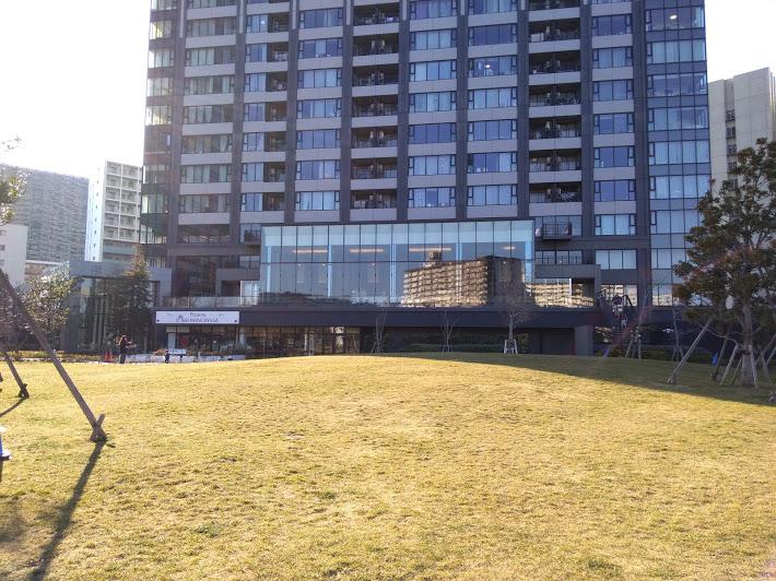 マンション前の公開空地